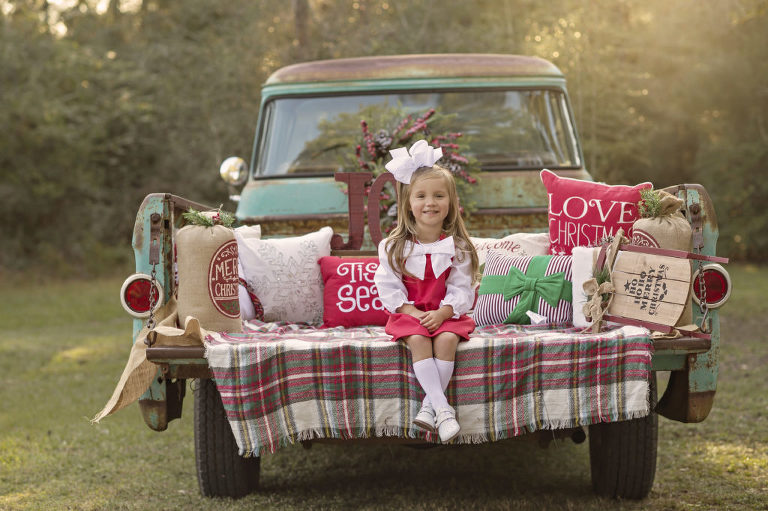 Vintage Truck Mini Sessions in The Woodlands